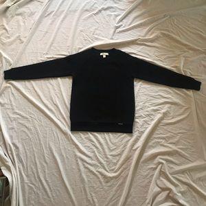 Black sweatshirt with a honeycomb dotty pattern